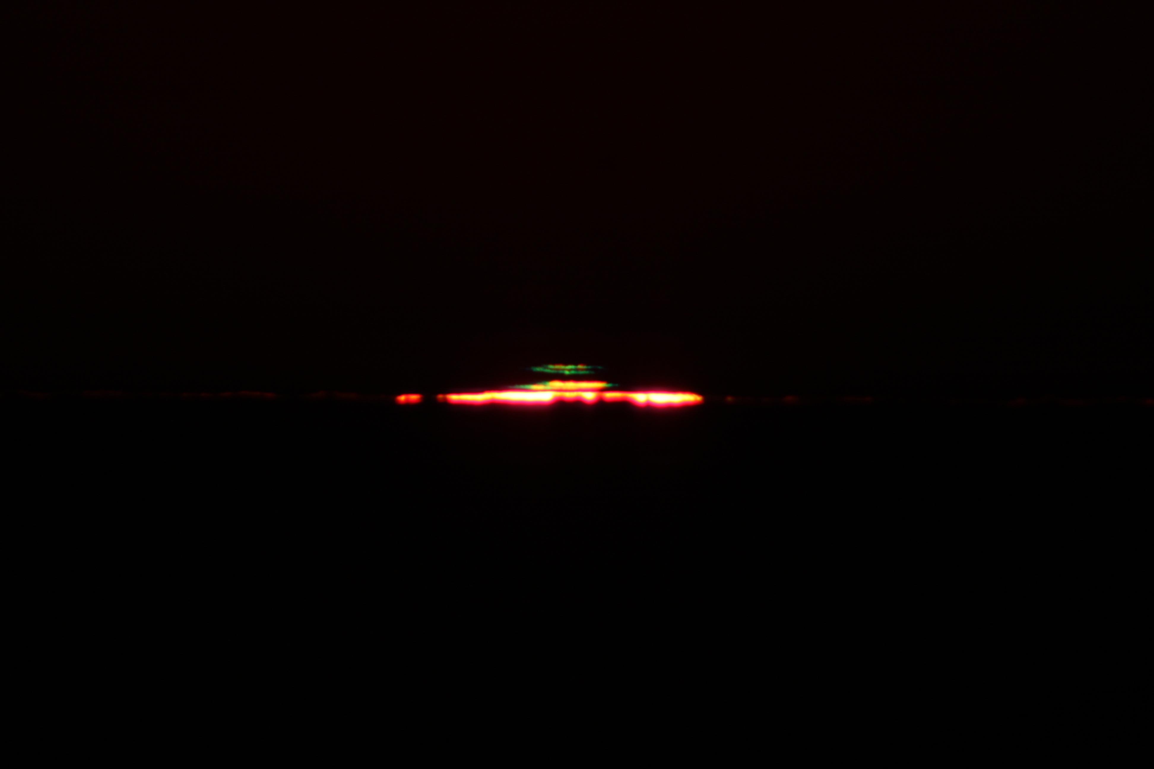 [Rayon vert depuis l'Observatoire de La Silla, Chili, le 5 novembre 2010]
