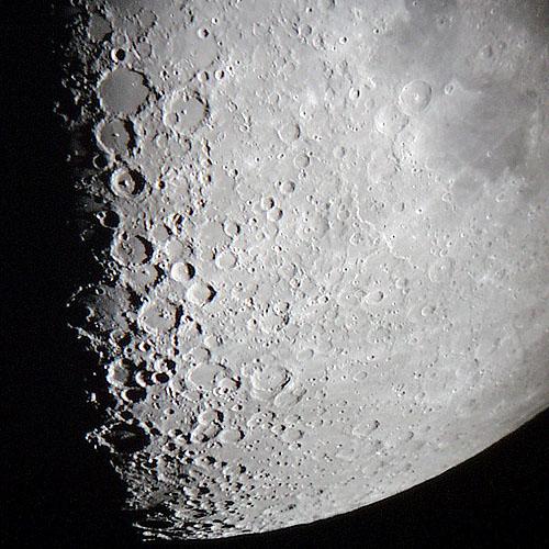 external image moon_99_02_23_south.jpg