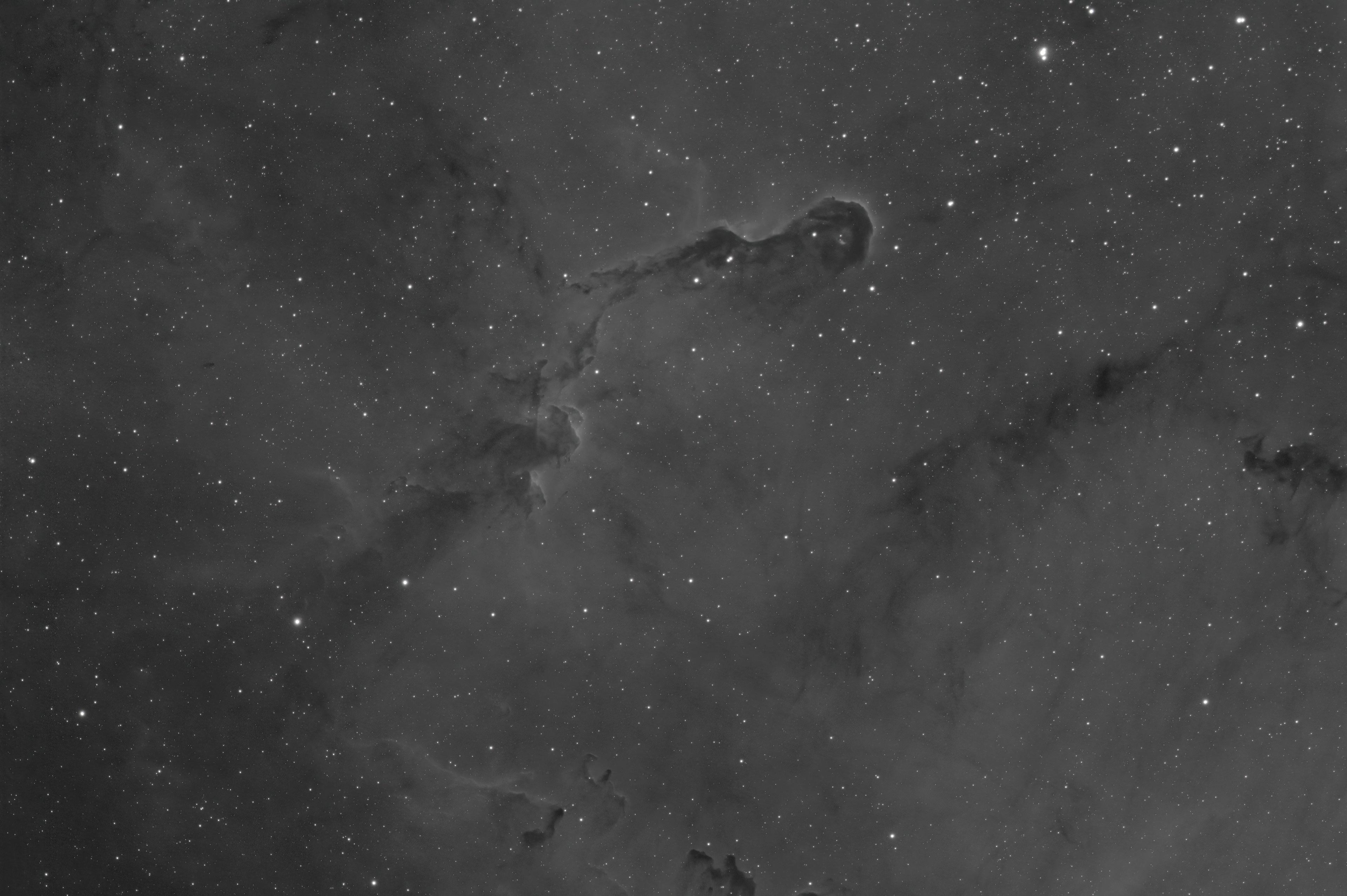 IC1396_30x180s-G270_-15c_Ha6nm_denoise.jpg