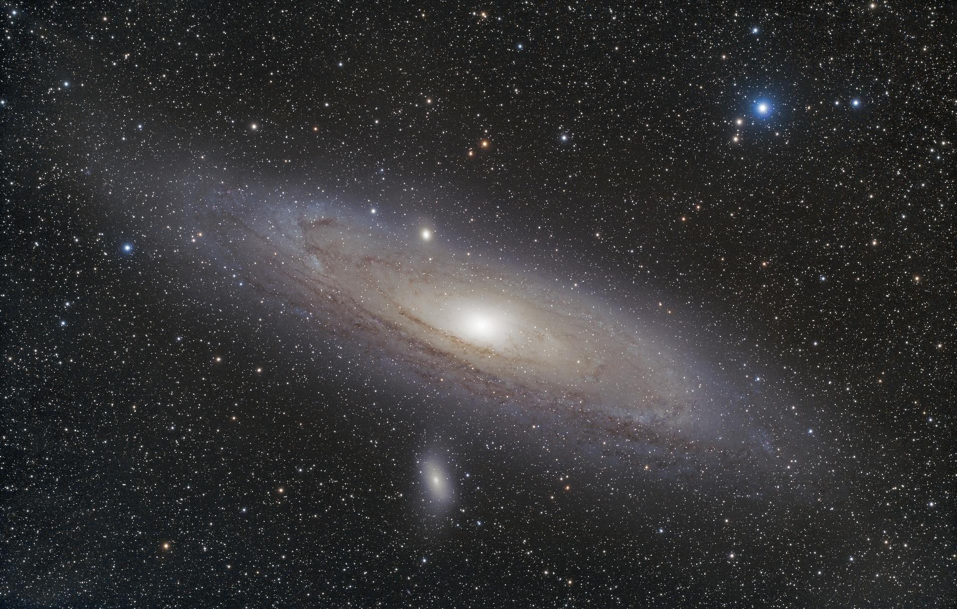 M31FSQ106-304x30s-3200iso-14082018b_t.jpg