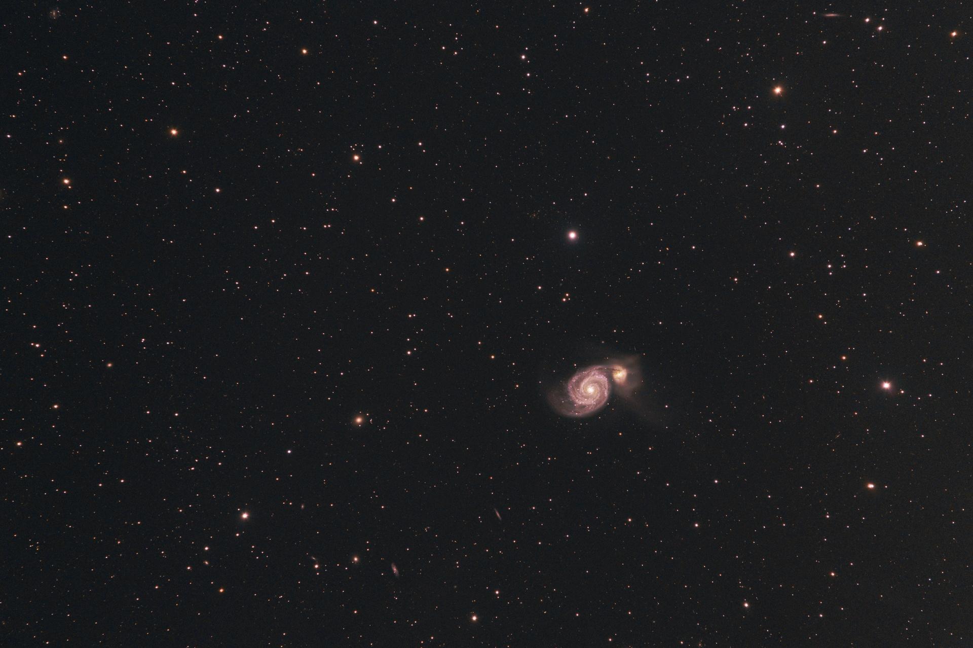 M51-FSQ106-F8-149x30s-3200iso_t.jpg