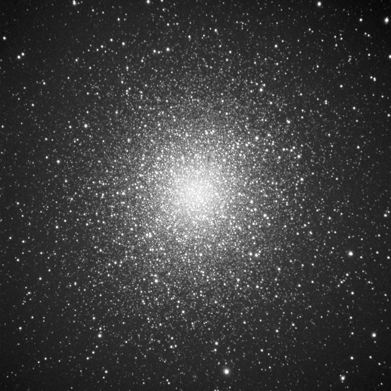 M13 au 356mm (2612mm de focale) M13_55x3min%20web