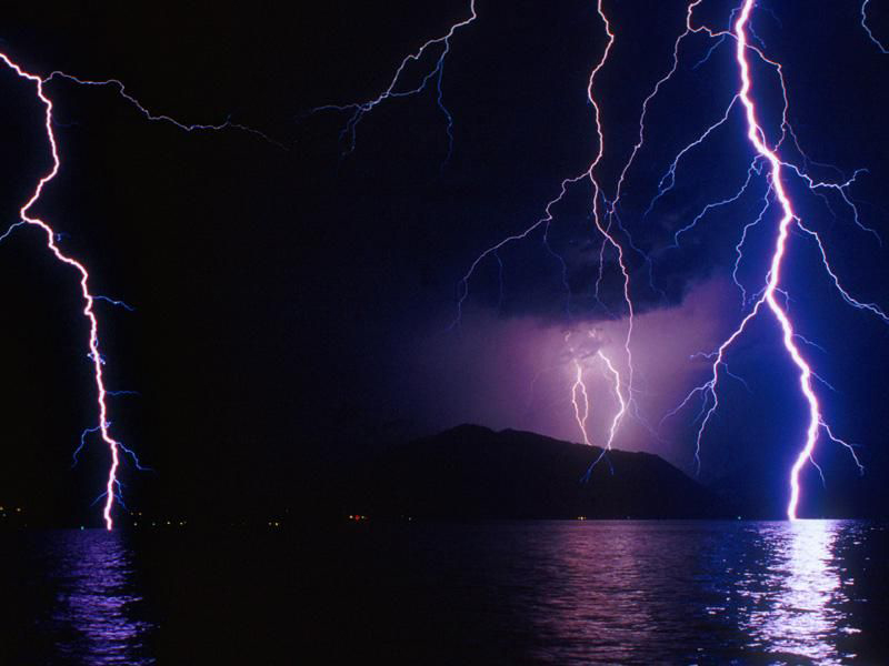 http://www.astrosurf.com/luxorion/Documents/orage-seabeck.jpg