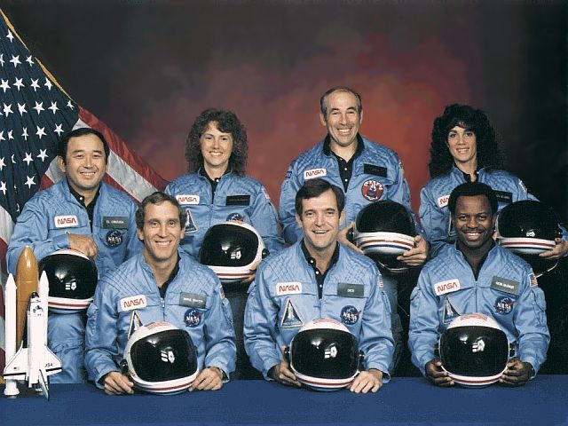 http://www.astrosurf.com/luxorion/Documents/sts51l-challenger.jpg