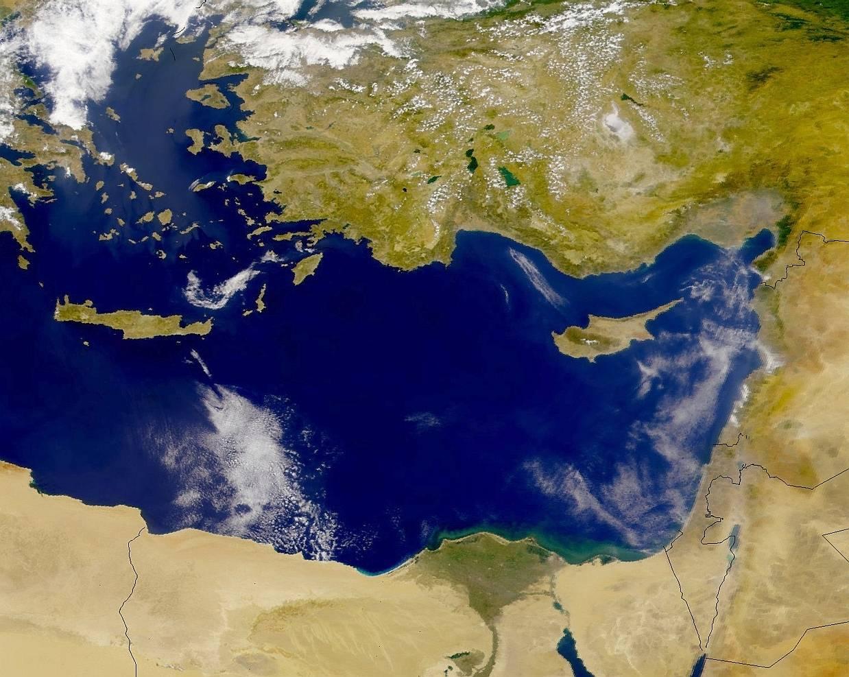 Vers un retour de la marine russe en Méditerrannée Terre-mediterranee-est-27jun00