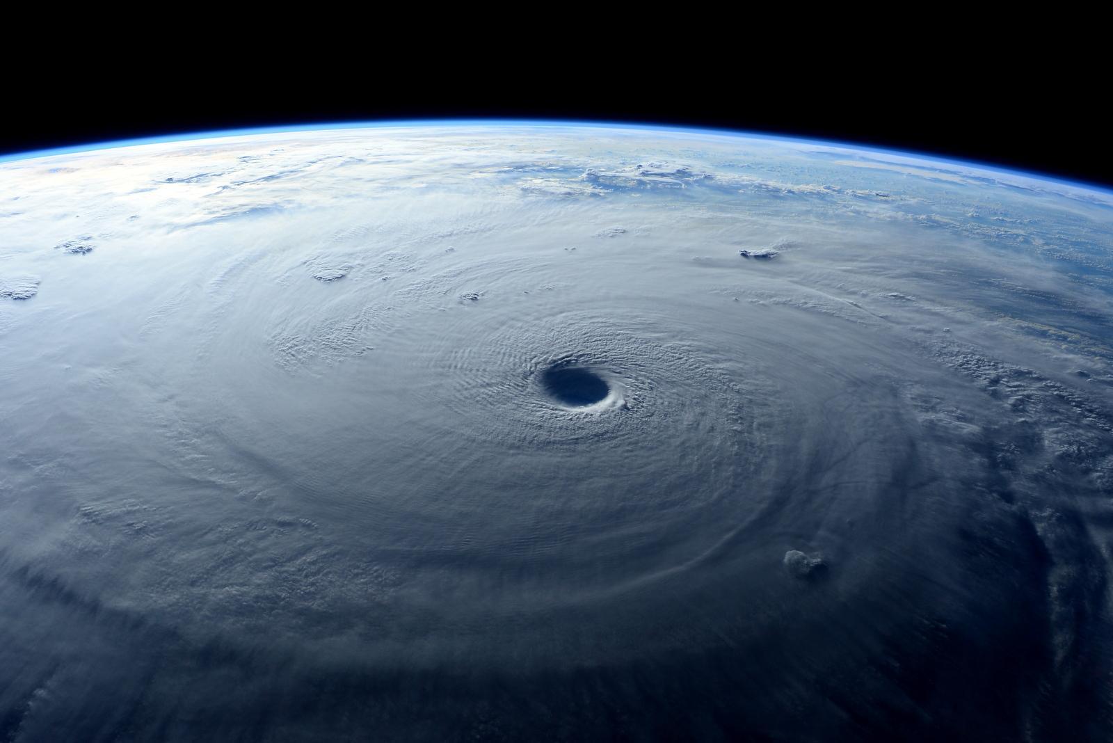 M t orologie l mentaire les cyclones et tornades tropicaux - Les 5 cyclones ...