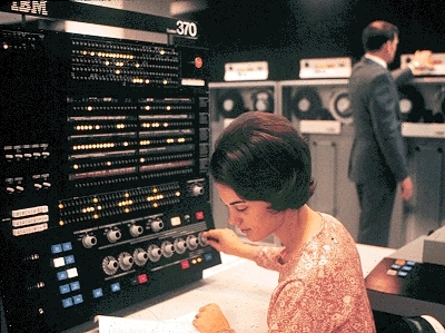 external image ibm-370-155-control-panel.jpg