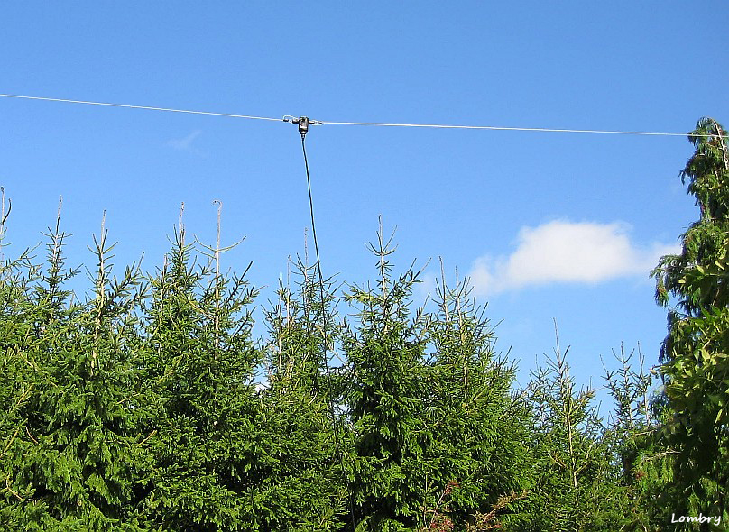 Wire antennas for listeners