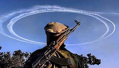 2012: le 01/08 à 12h06 - Chamonix : Photo d'un OVNI furtif ? (74)  - Page 2 Contrails-circles-war
