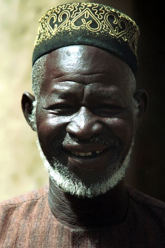 http://www.astrosurf.com/luxorion/Sciences/dogon-diangouno_dolo-sangha-1997.jpg