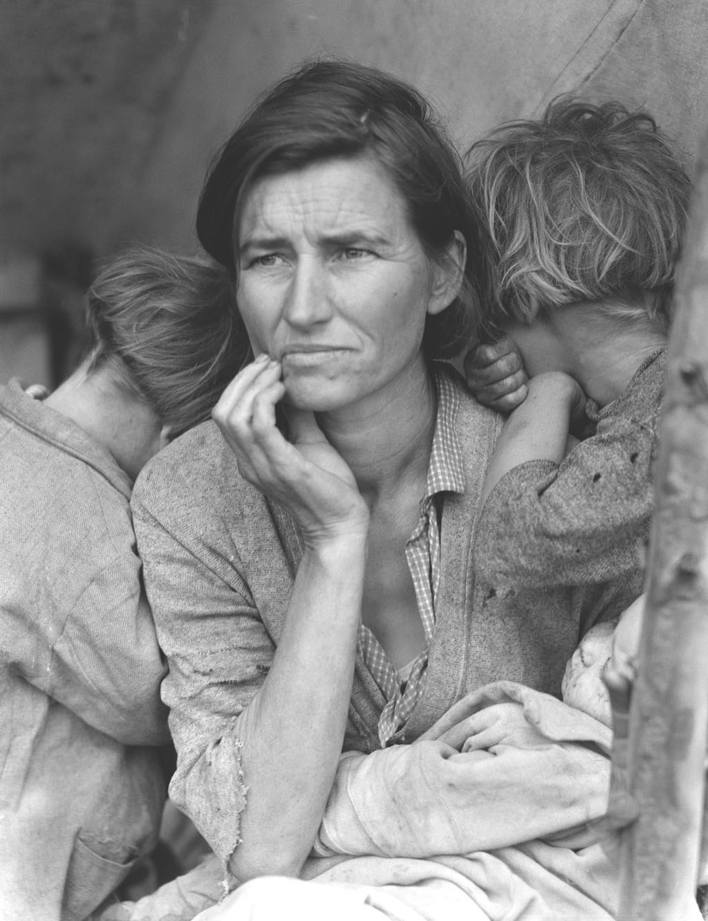 Florence Owens Thompson, mother of 7 young kids, lost her job in 1931 and  tried her luck with her family in California. It was pictured by Dorothea  Lange in ...