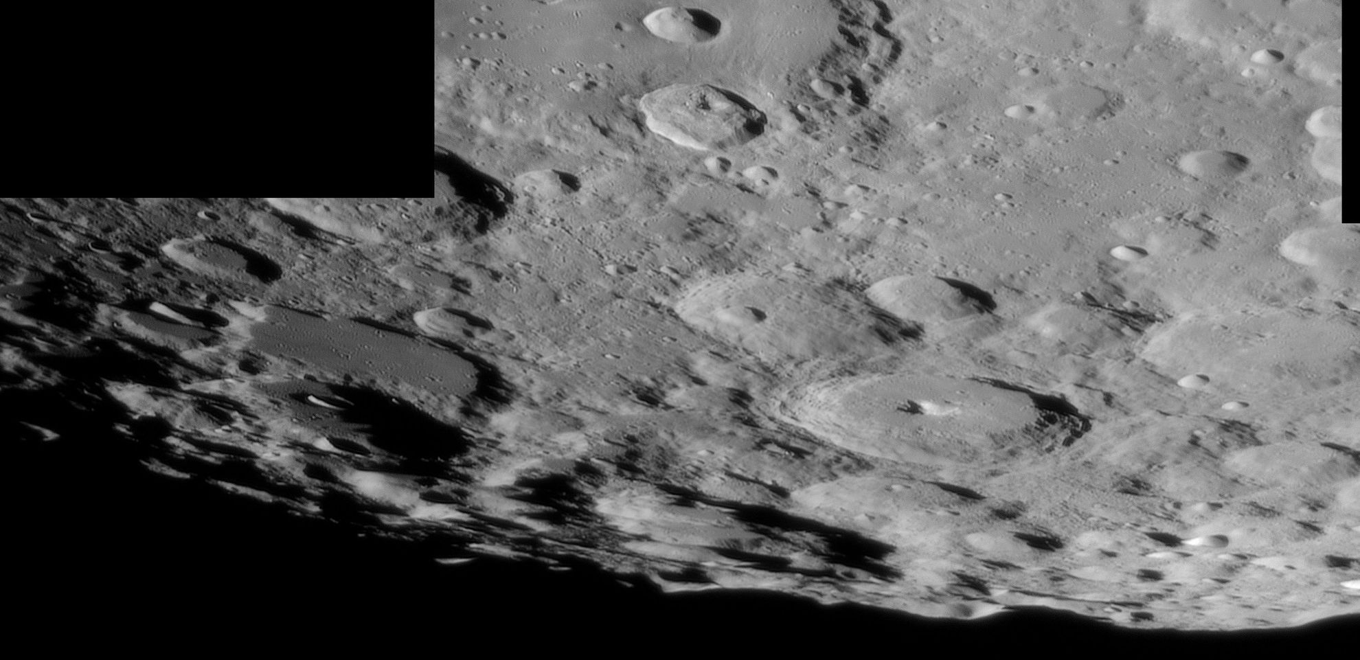 Moon_20190215_214319_23A_SouthPole.jpg