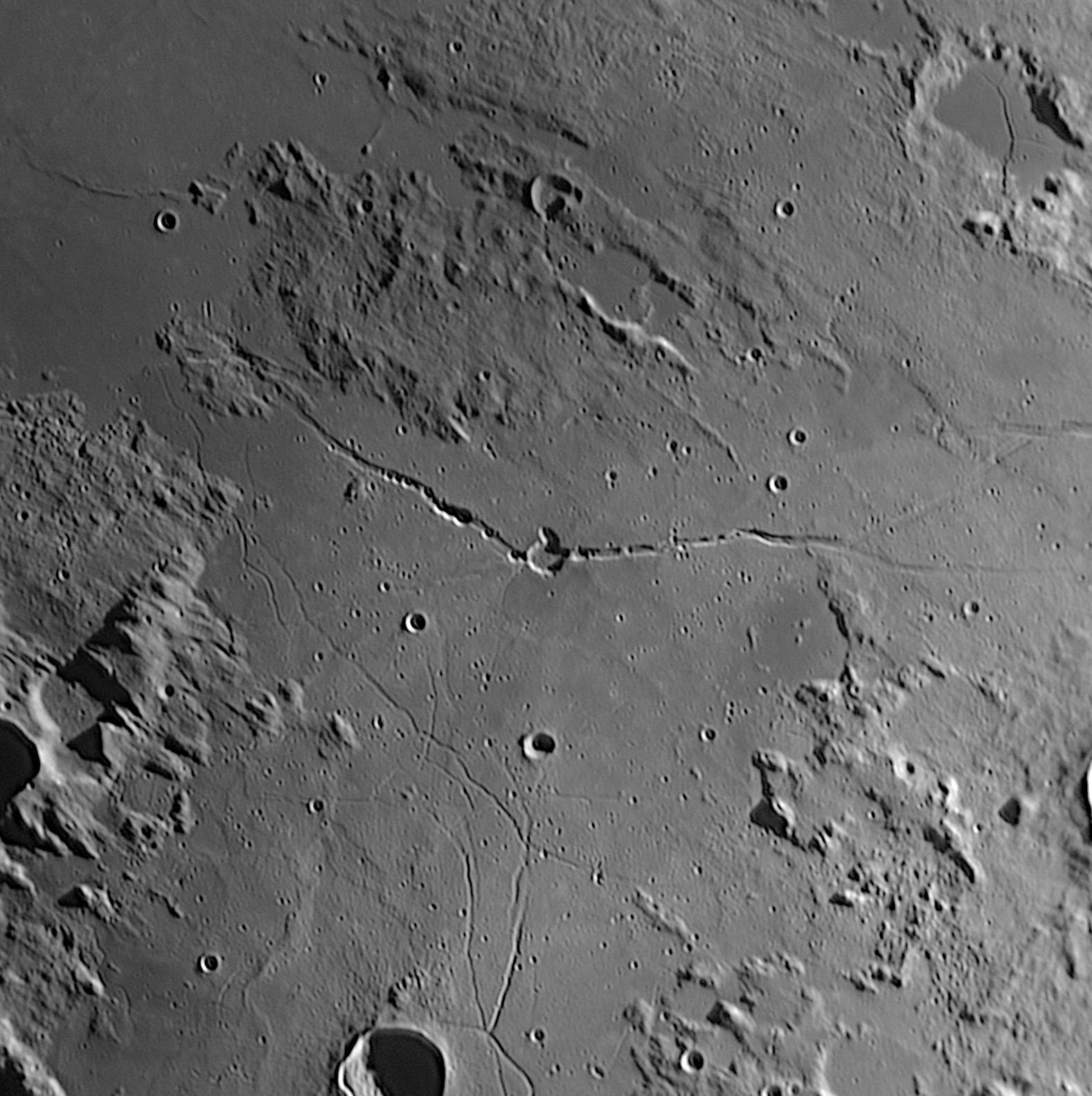 Moon_20190412_210656_23A.jpg