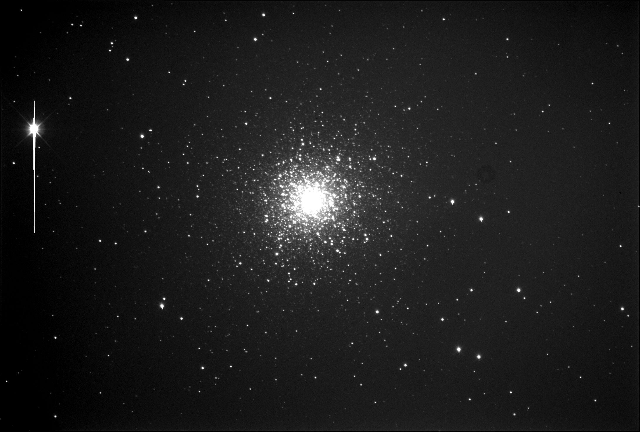 гигантская эллиптическая галактика