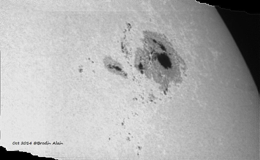 Taches solaire du 19 10 2014 ( énorme )
