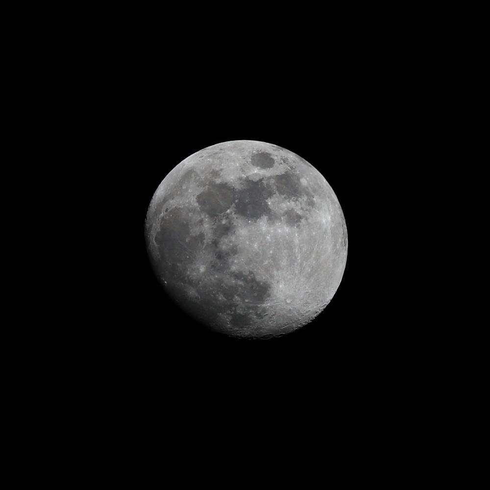 Lune 8 avril 2017