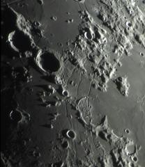 lune 15sept 2.jpg