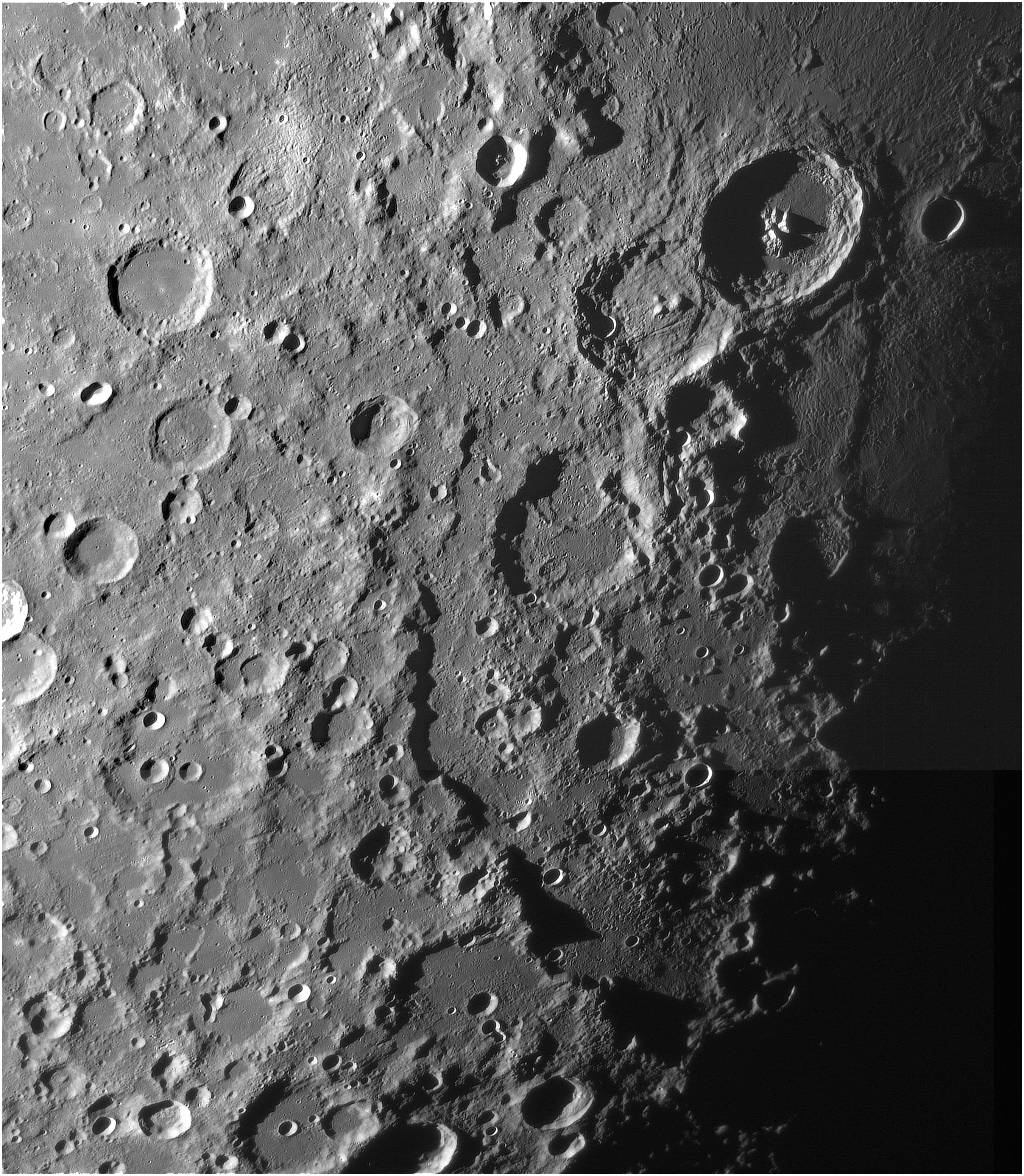 Lune toulousaine du 10 octobre 2017 mieux qu 39 avant hier astrophotographie astrosurf - Lune descendante octobre 2017 ...