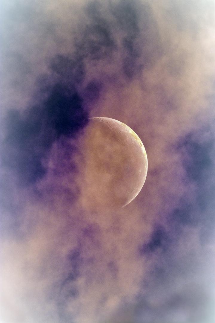 Lune aux premières lueurs de l'aube 15 oct 2017