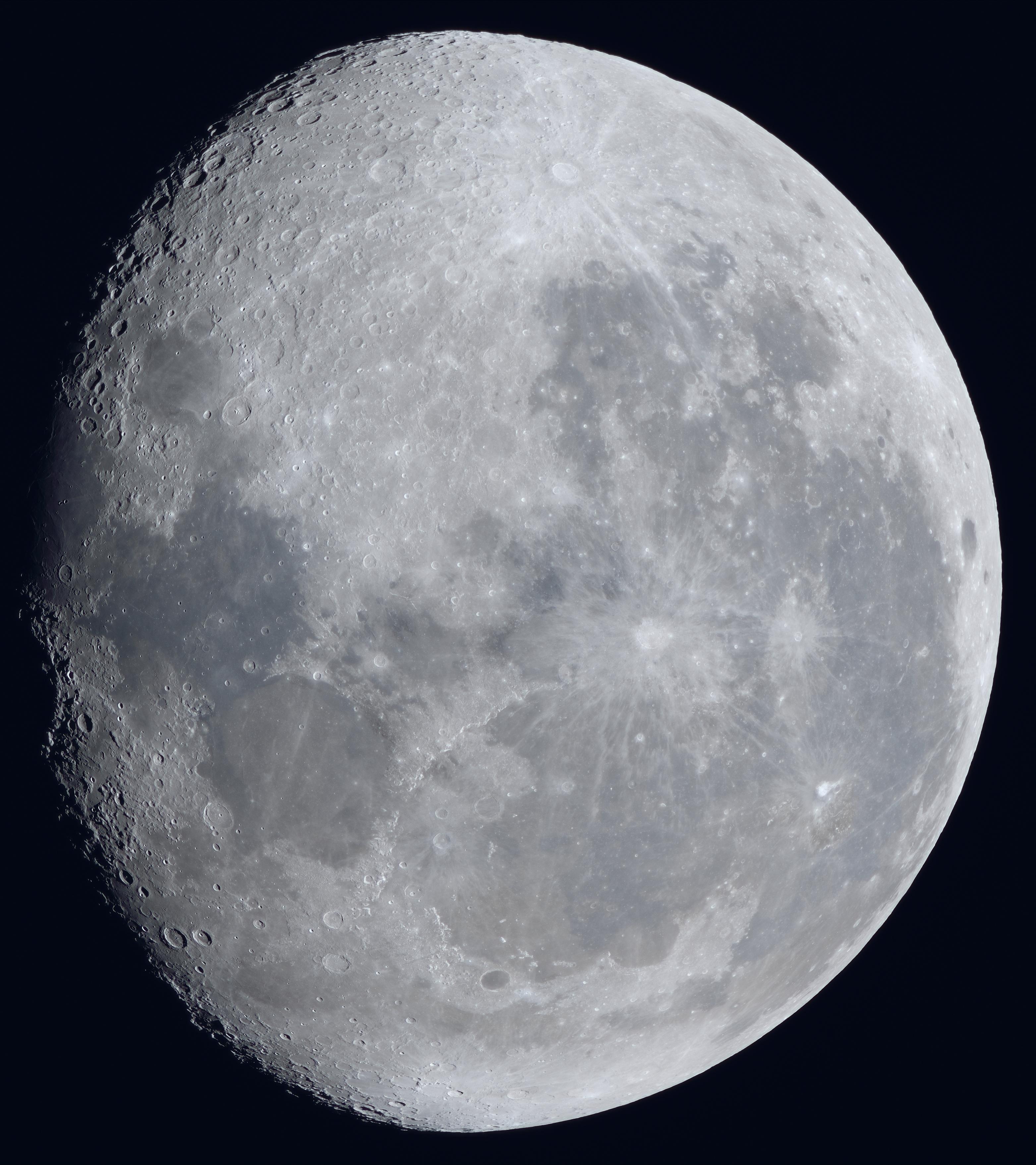 La lune du 7 Novembre à la lunette SW120ED, et Nikon D810