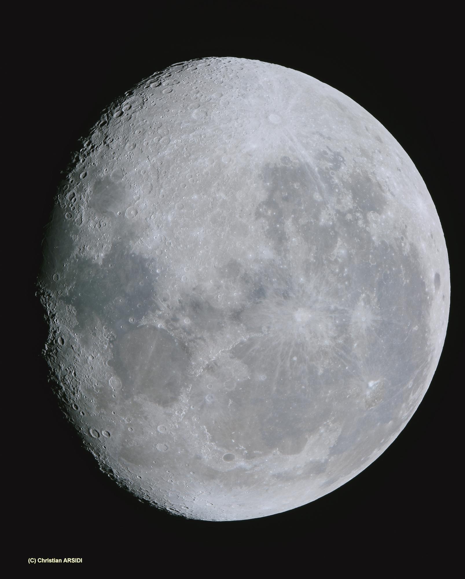 La Lune 9 images V2_DxO Recadrée.jpg