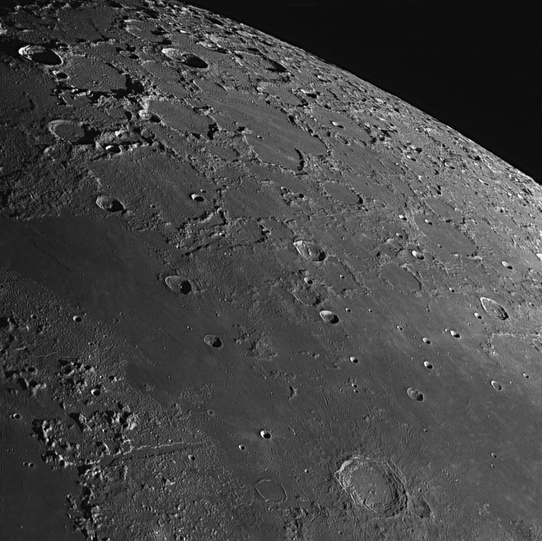 Moon_200251-registax1-final.jpg