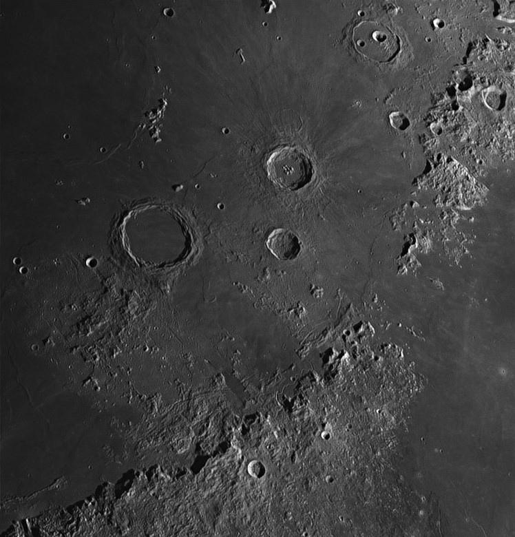 Moon_202744-registax-final.jpg