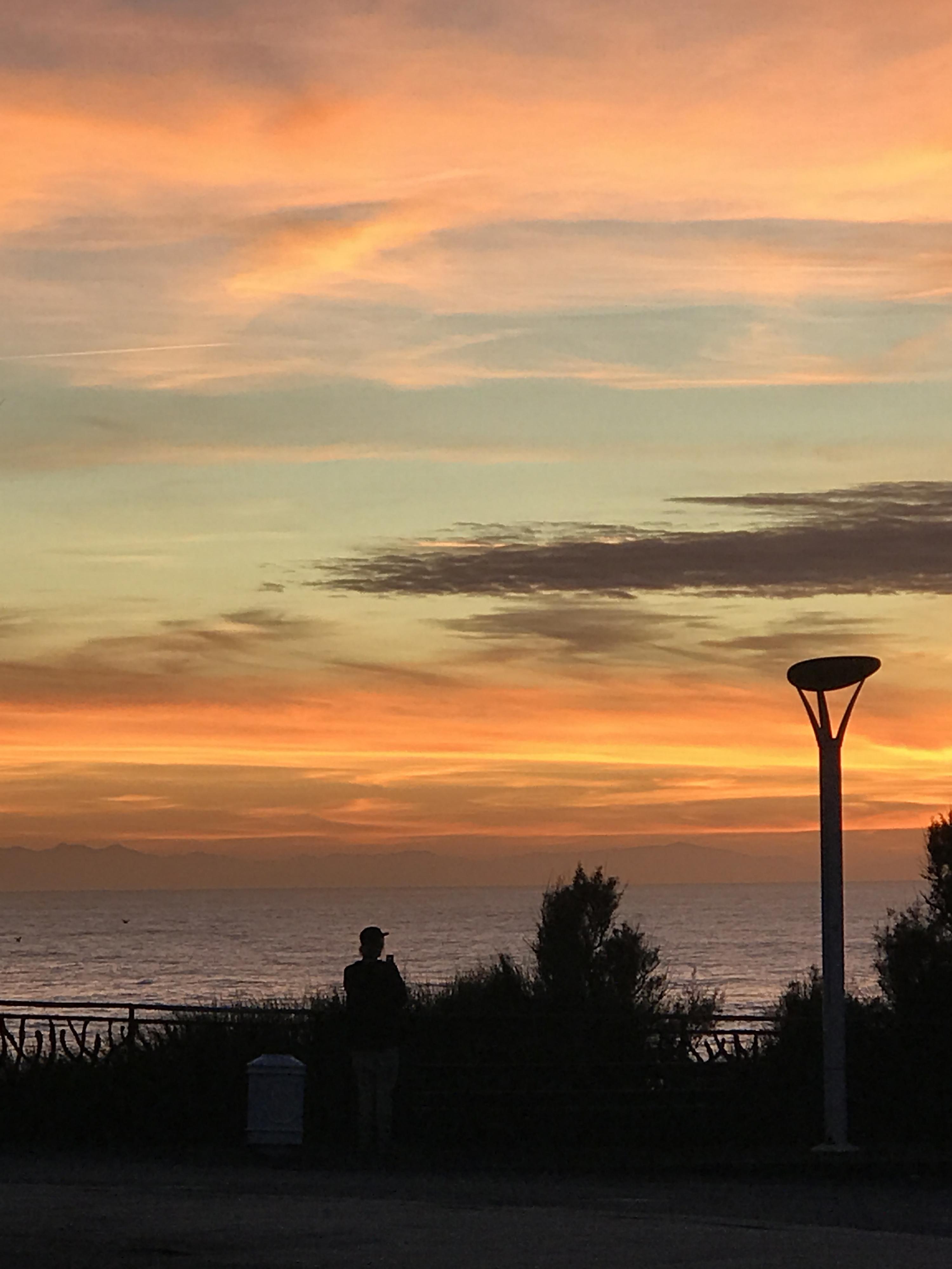 coucher soleil biarritz rocher de la vierge le 23 10 2017 19h24 paysages nocturnes. Black Bedroom Furniture Sets. Home Design Ideas