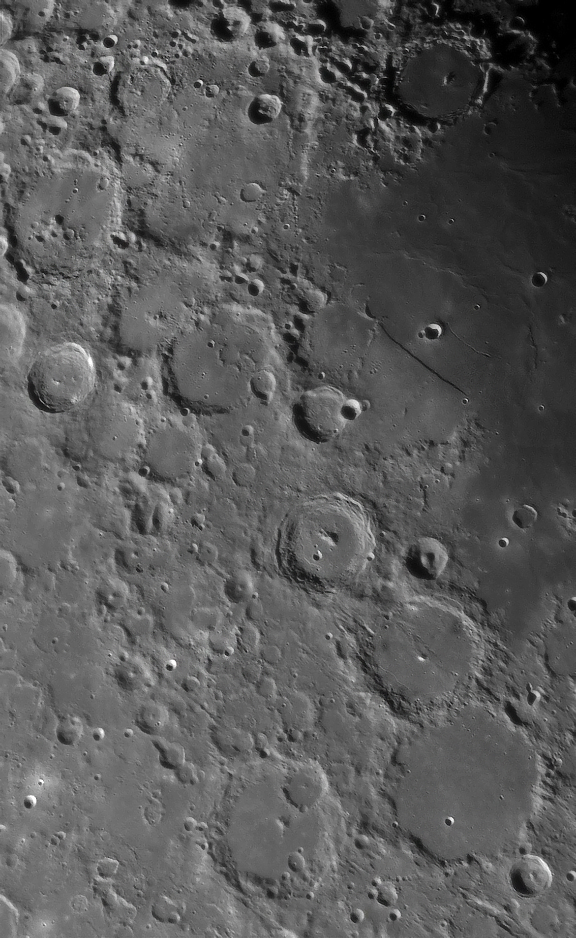 lune27nov2.jpg