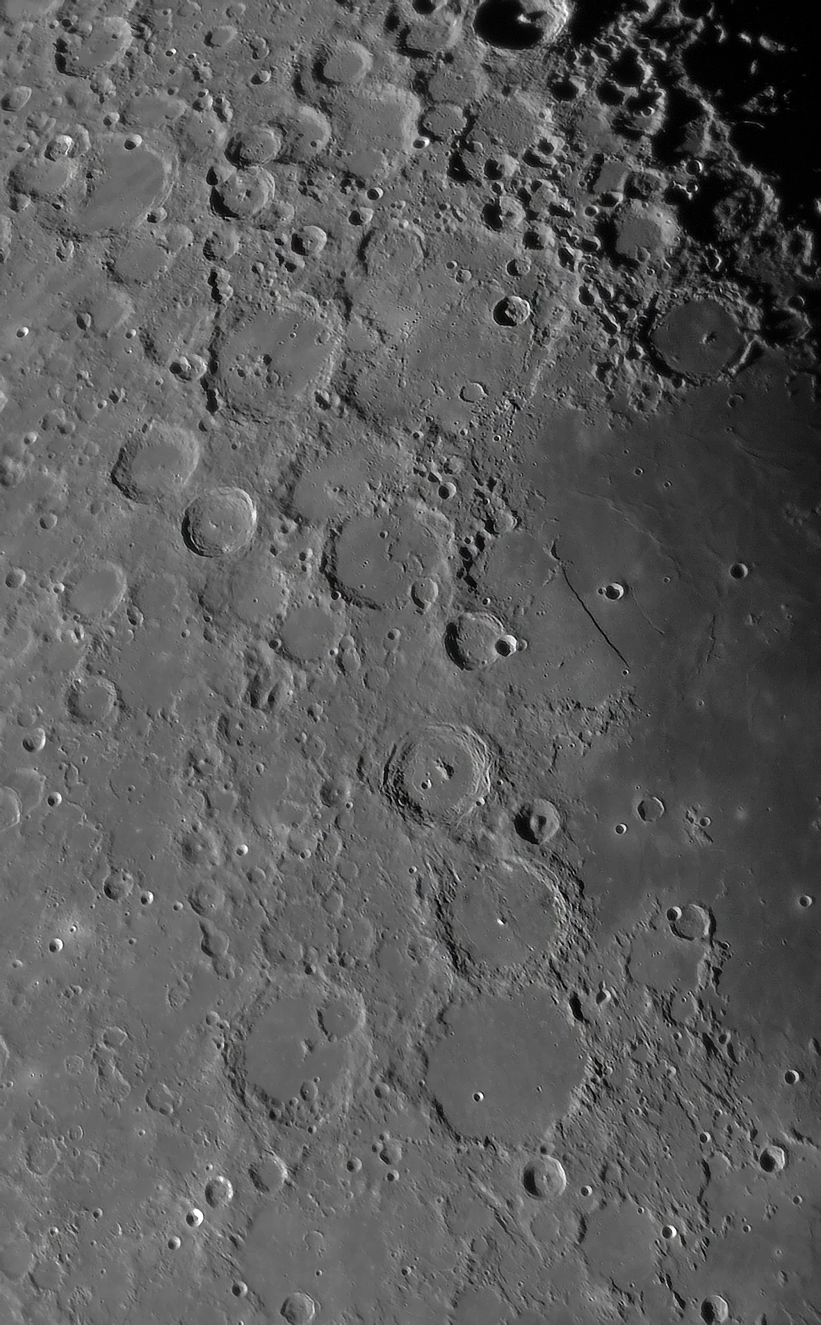 lune27nov5.jpg