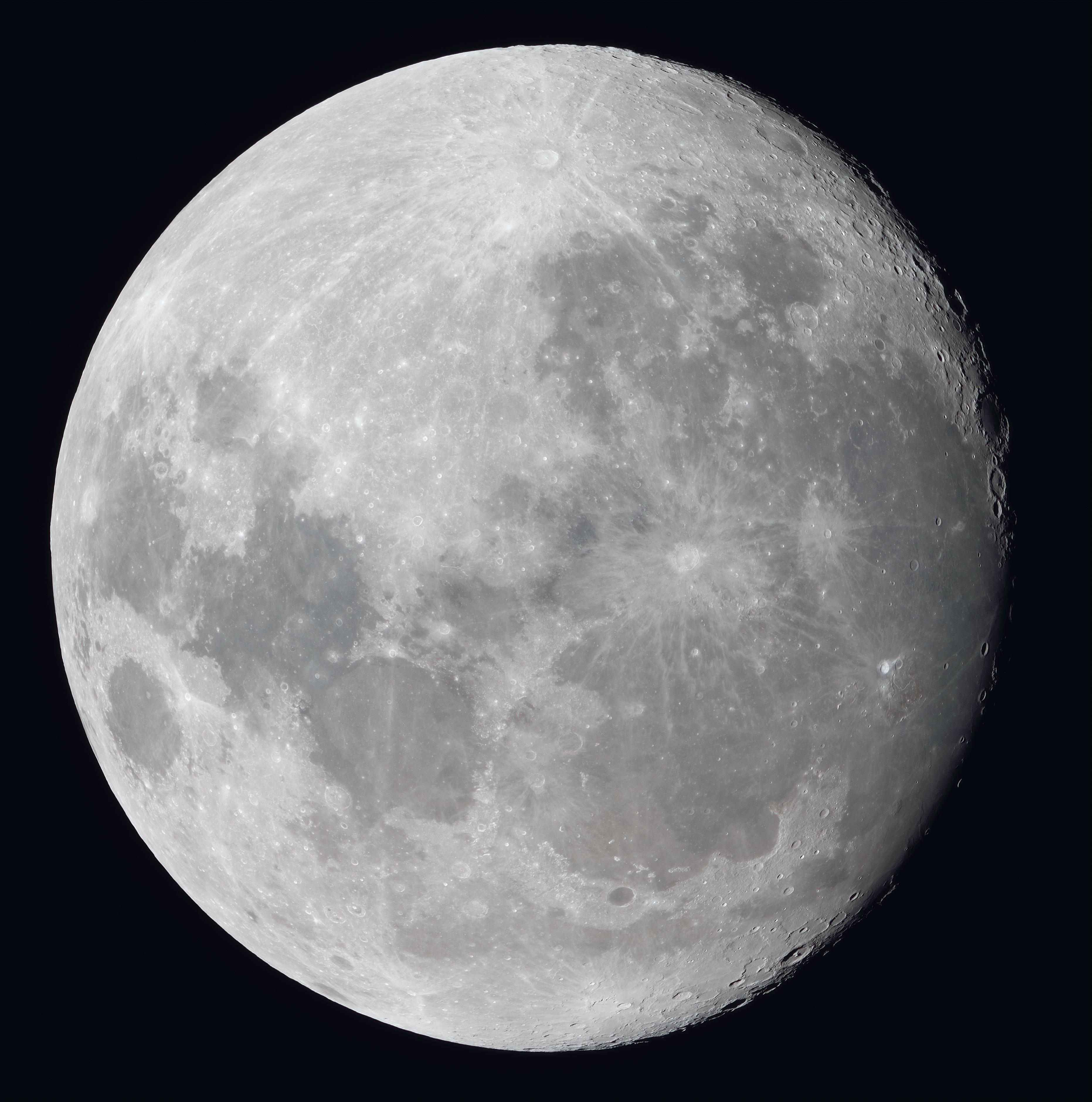 La lune du 1er Décembre, Fluorite FC76 et Nikon D810