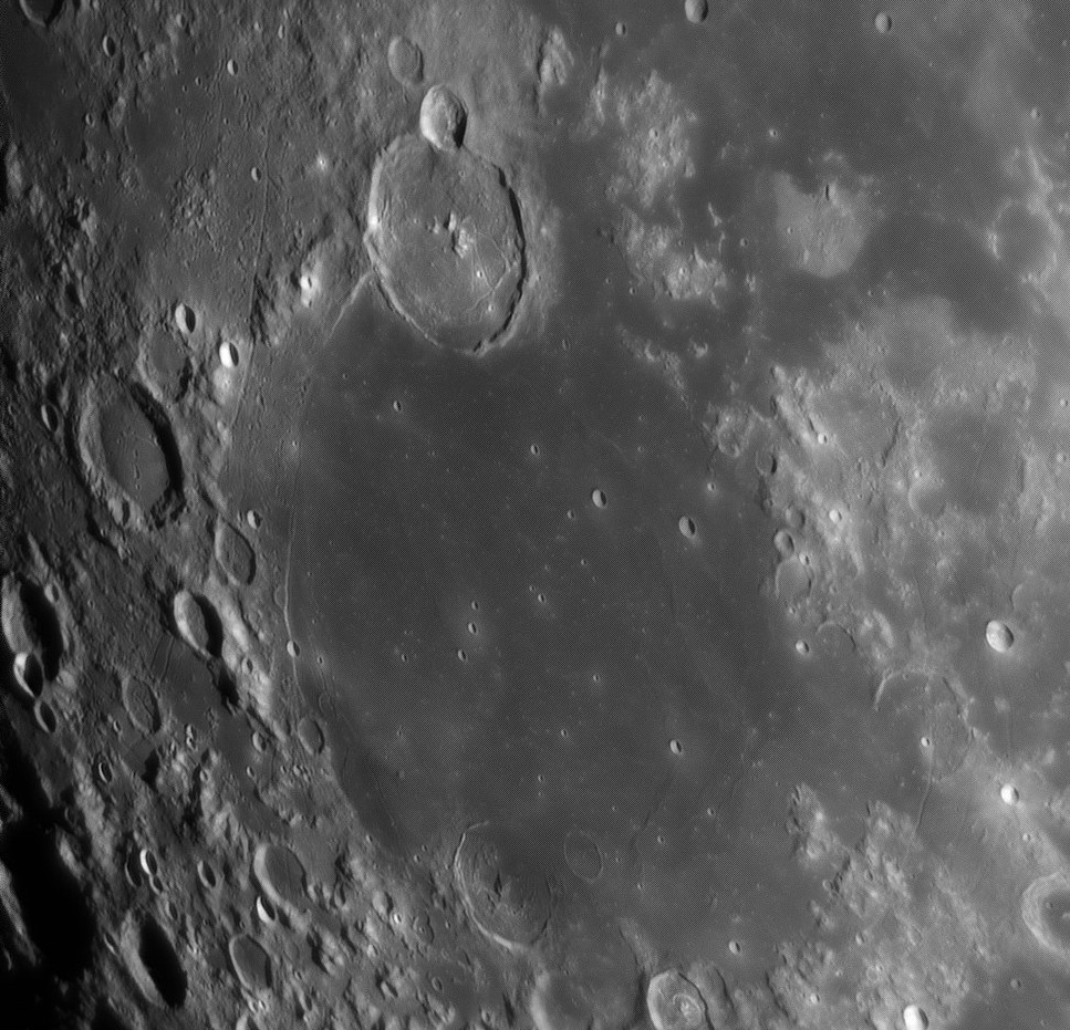 Moon_080417_ZWO ASI120MM_Gain=58_Exposure=1 (2).jpg