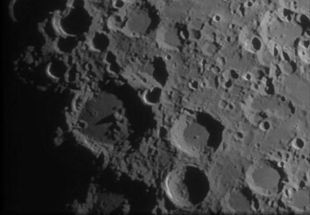 lune 4nb.jpg