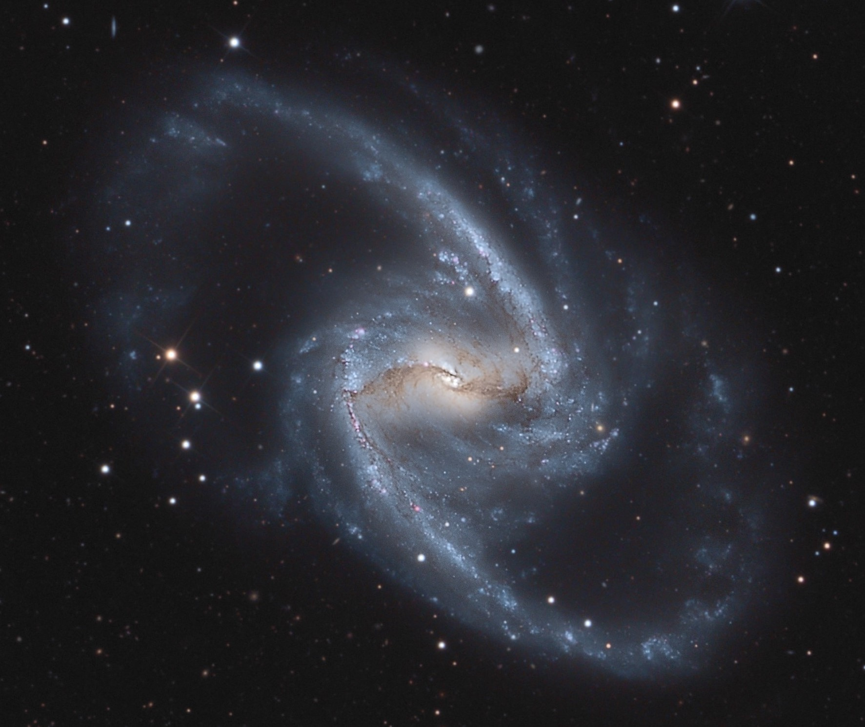 NGC1365_LRVB-V3 (2).jpg