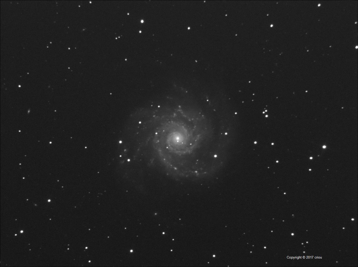 M74-DSS2-7x180-OfDaFl_c2i.jpg