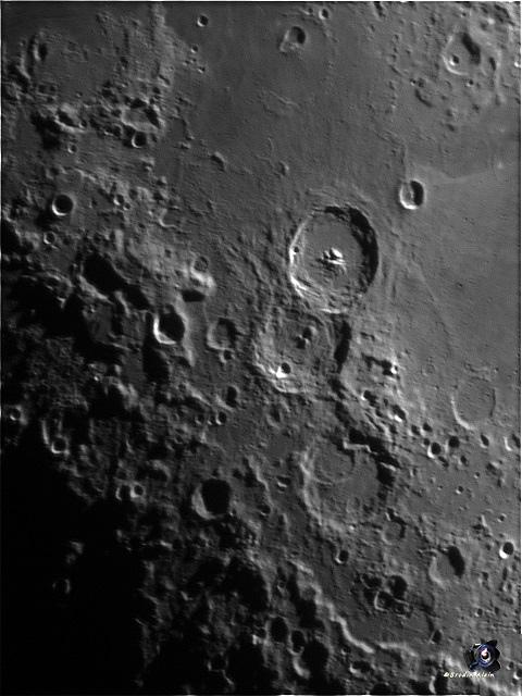 Le Trio lunaire refait une 100 ene d'images compilé sous Registax 3 , traite ondelettes et finaliser sous cs6 puis redresser.jpg