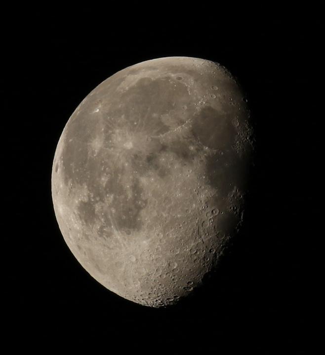 la lune, au matin du 06/01/2018 (36222.JPG)
