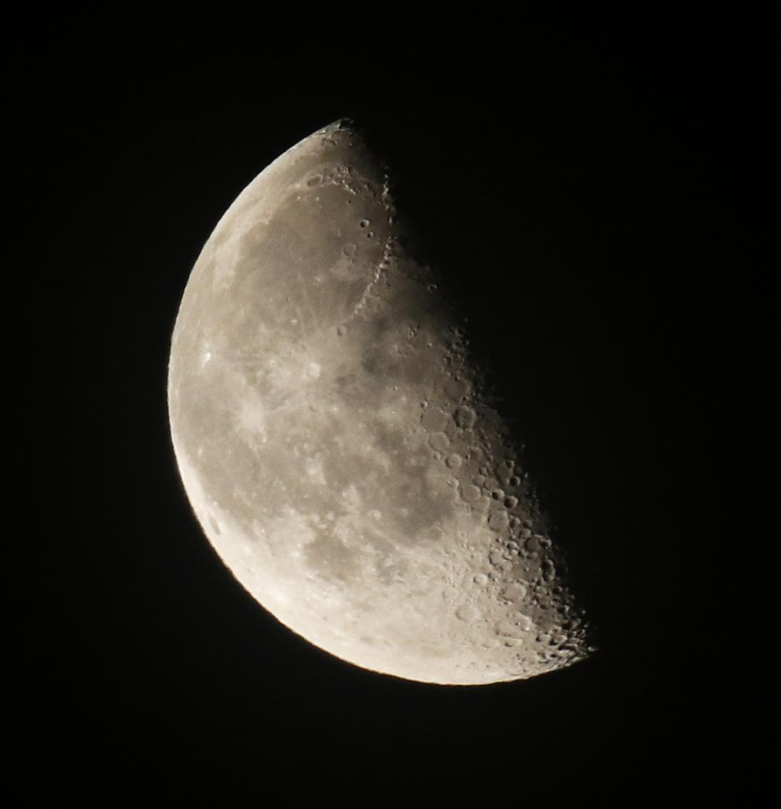la lune, au matin du 07/02/2018 (37700.JPG)