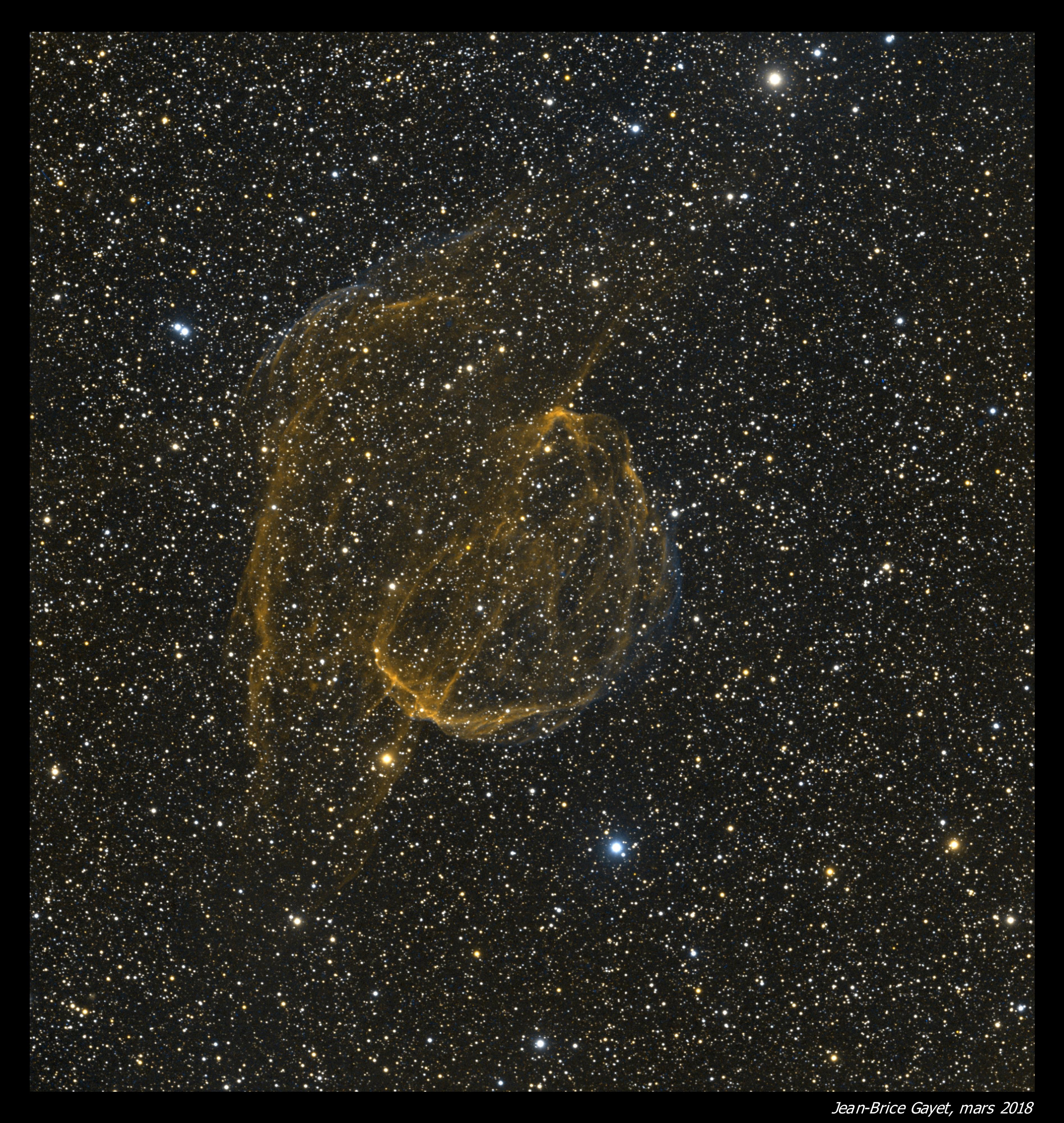 Sh2-224 traitée en palette Hubble (SHO)