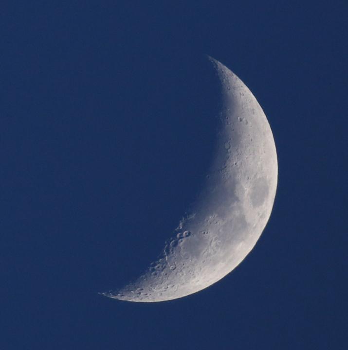 la lune, au soir du 22/03/2018 (39993/98/40014.JPG)