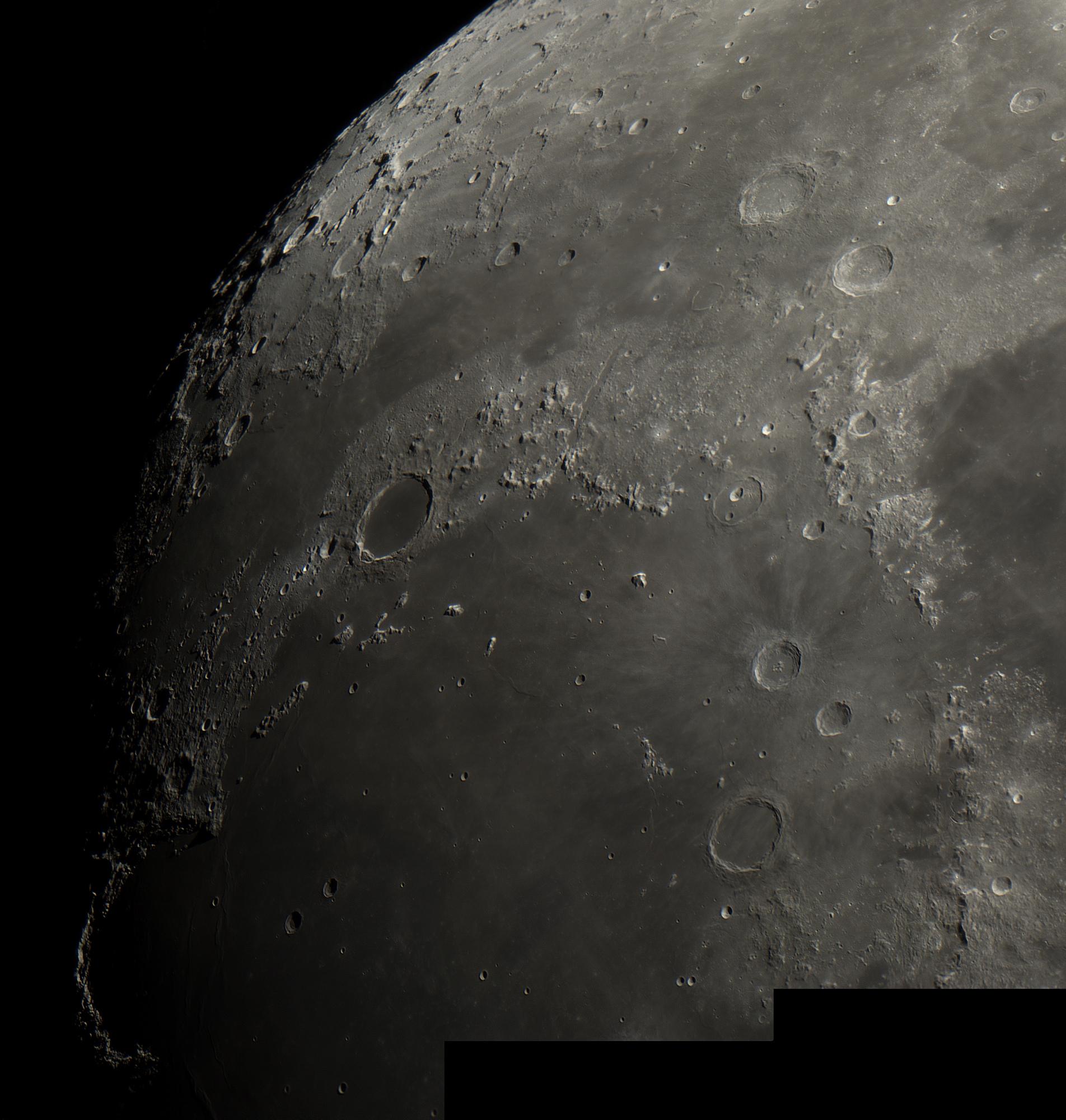 5ae22dd15c606_lune250418(70).thumb.jpg.342ce32dbb64af4462ffa4642d0b18f7.jpg