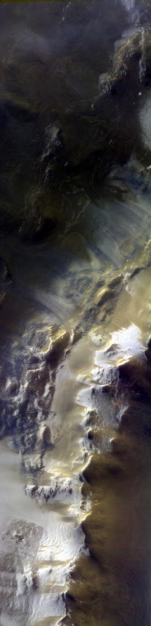 ExoMars_images_Korolev_Crater.jpg
