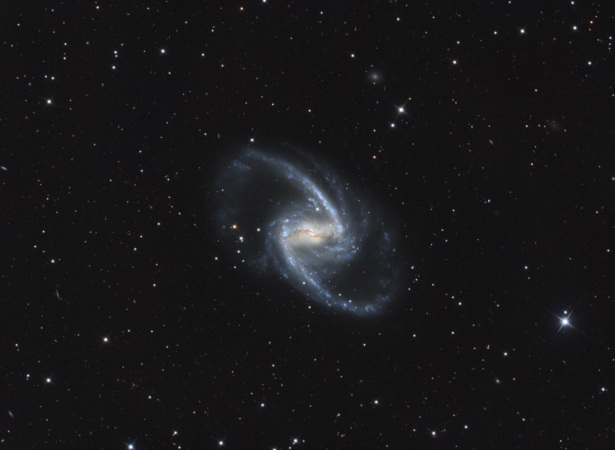 NGC1365_LRVB-V4.thumb.jpg.5f57a051ce5edd146b6a704a0fa01bec.jpg