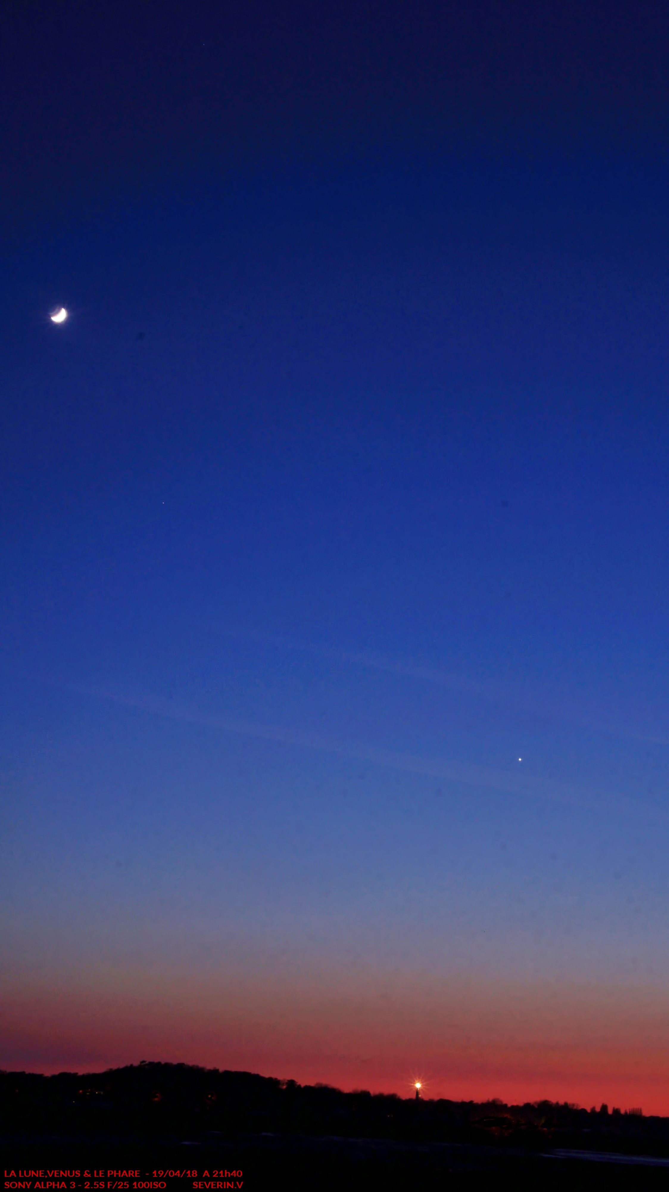 La Lune, Vénus & le phare.jpg