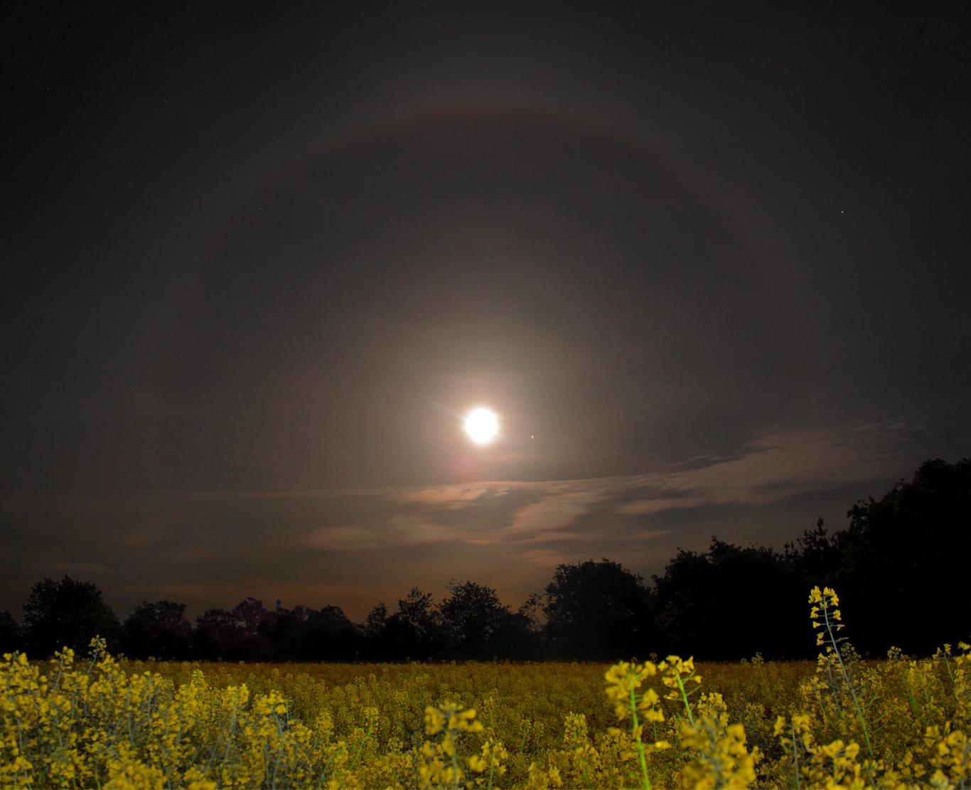 Conjonction entre la Lune et Jupiter le 1er mai