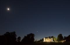 Coucher de lune et Venus_au chateau de la Cacaudiere