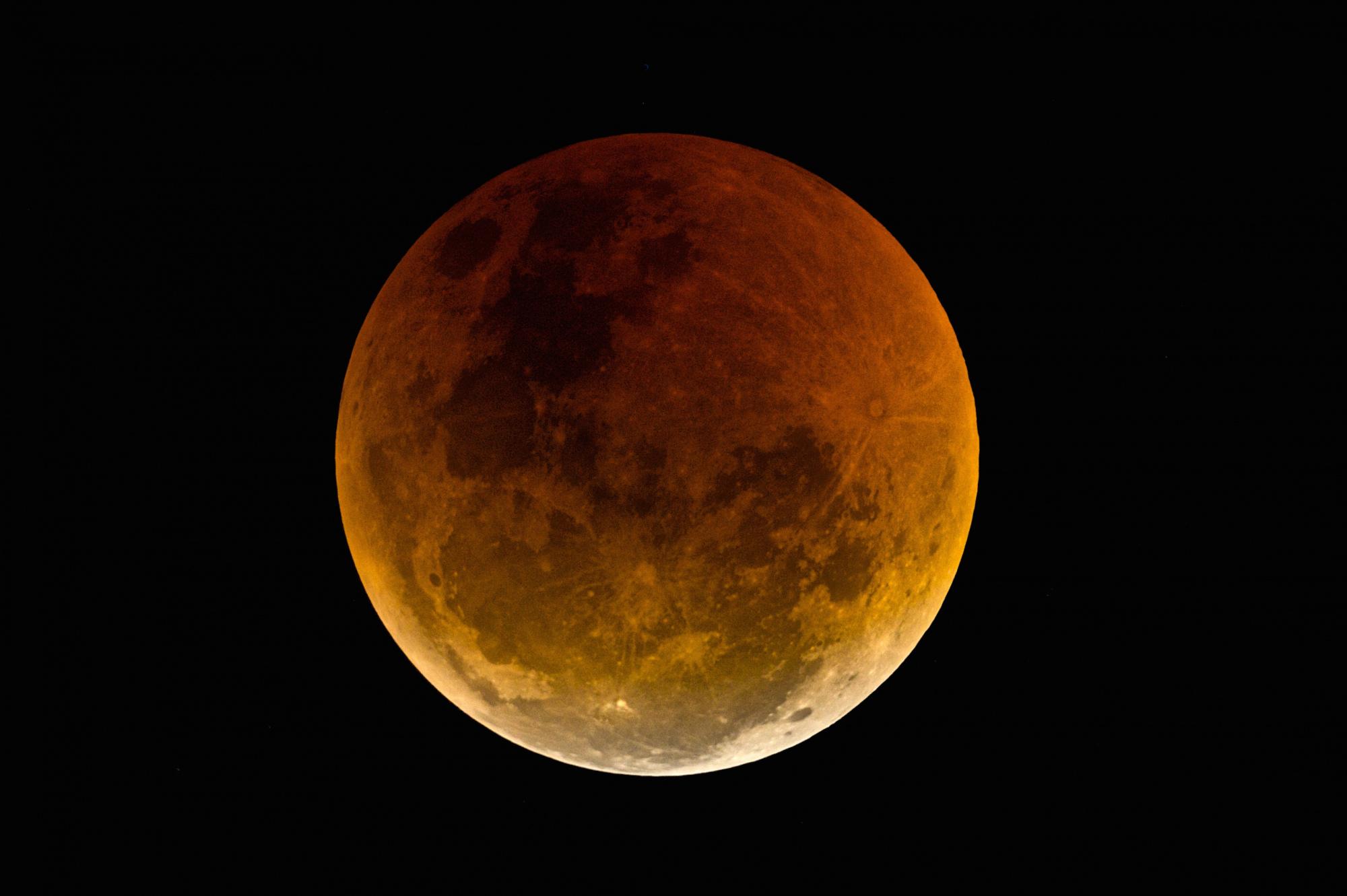 Eclipse de Lune 27 juillet 2018 R.jpg