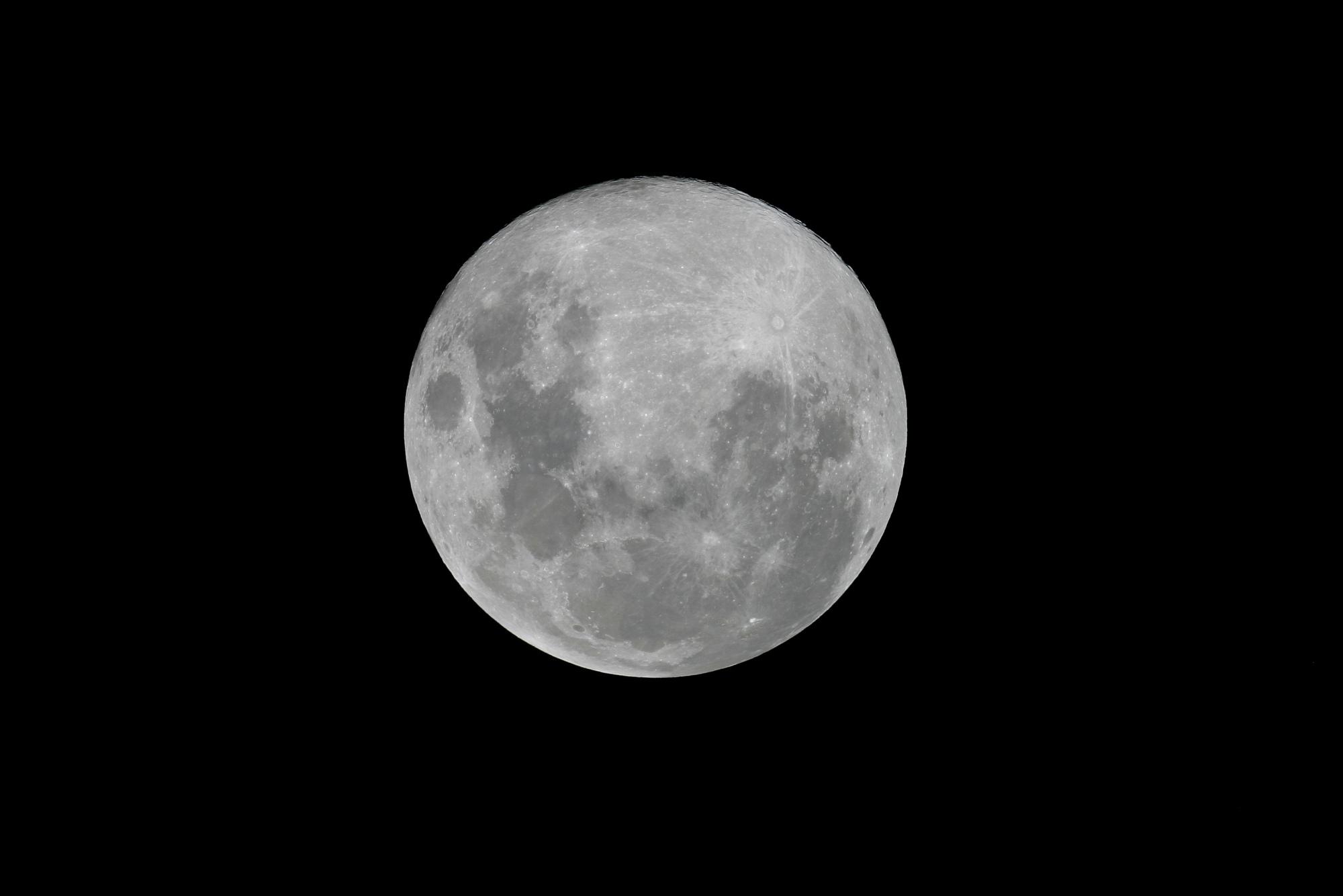 2-Lune Réunion.jpg