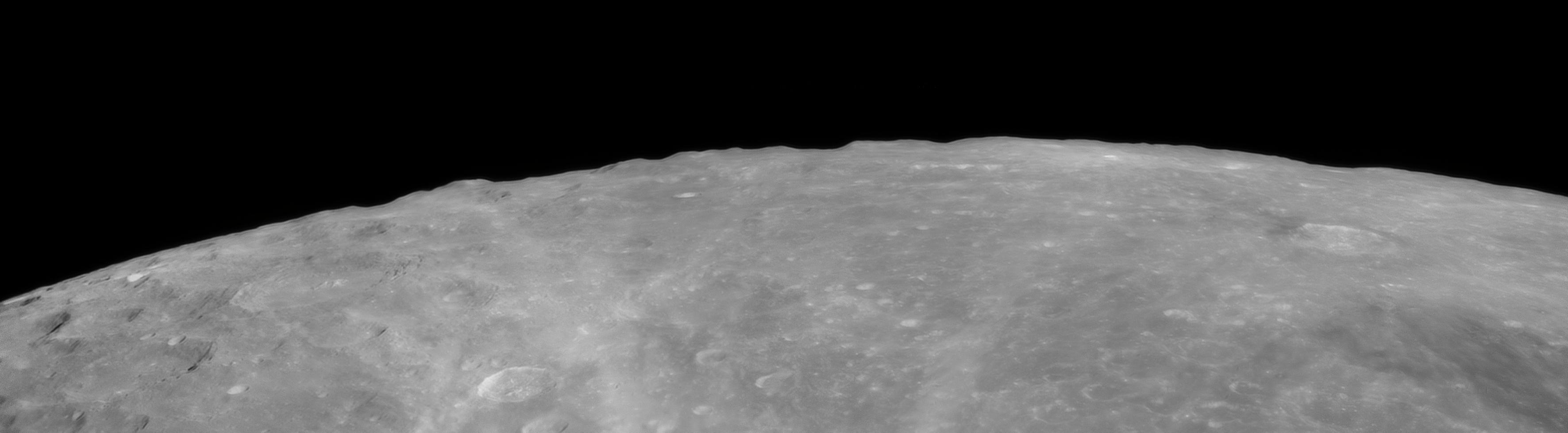 Horizon lunaire au dessus de Moretus(T250-B1,6x-80%).jpg