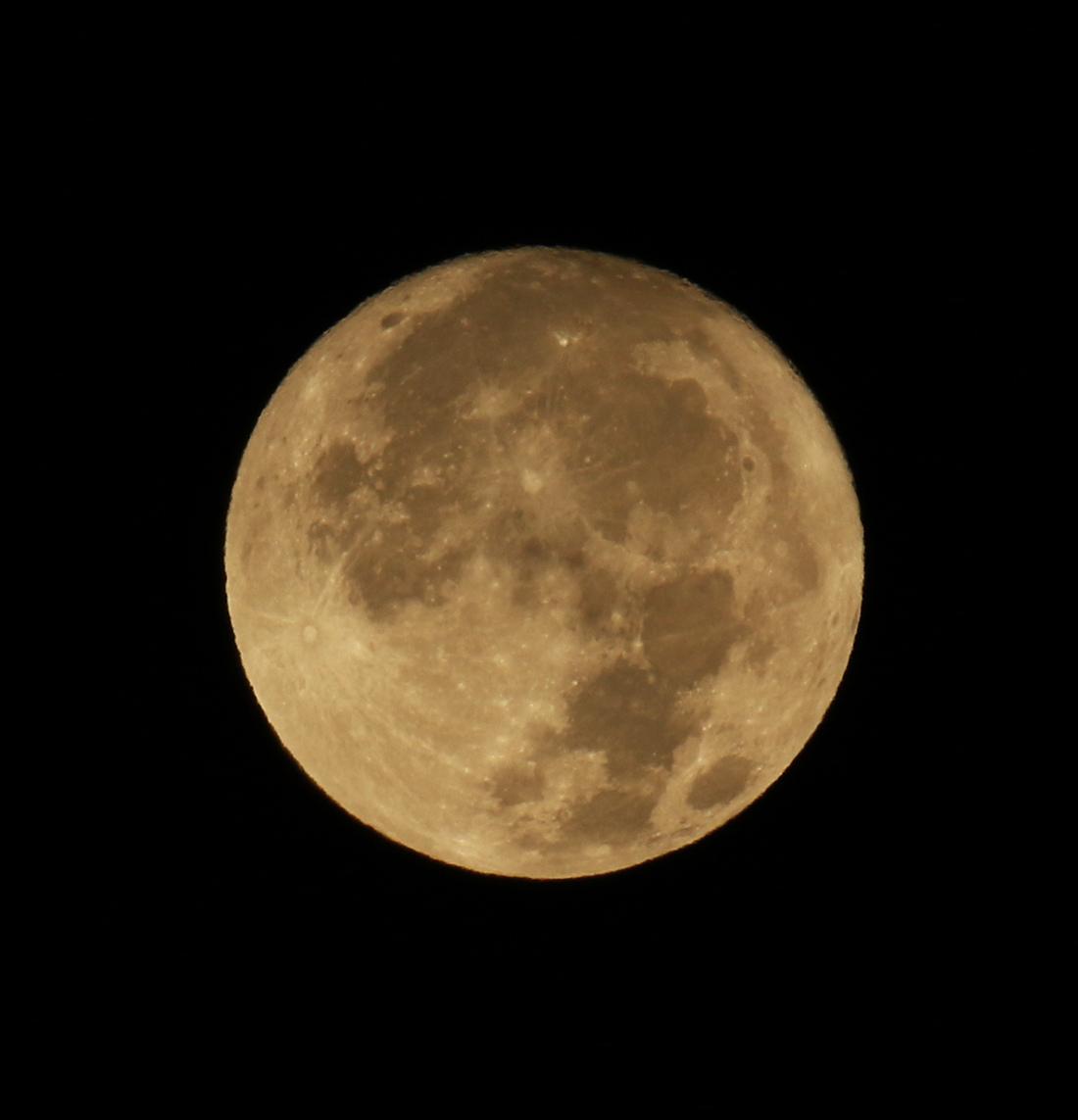 coucher de presque pleine lune, au matin du 24/10/2018 (50908.JPG)